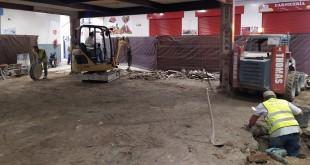 Obras de reforma en el interior de la Plaza de Abastos de la calle Salvador Muñoz. Foto: TV Baena.