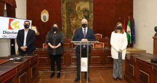 el presidente de la Diputación, Antonio Ruiz, presentando ayer el 'Plan Córdoba 15'. Foto: Diputación de Córdoba.