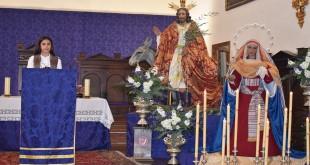 La pregonera infantil, Lidia Piernagorda, ayer en el púlpito de la iglesia de Santa María la Mayor.  Foto: TV Baena.