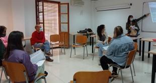 Uno de los talleres impartidos en Baena dentro del programa Eracis.