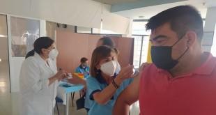 Vacunación contra el covid-19 en el pabellón de Deportes 'Juan Carlos I' Foto: TV Baena.