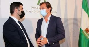 Antonio Repullo y Salvador García, en la presentación de las ayudas del IAJ.